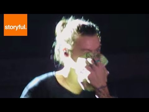 Harry Styles Crying During One Direction Concert