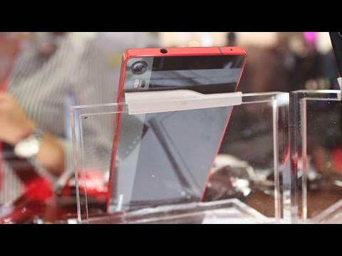 Lenovo Vibe Shot hands-on: A camera phone that is and isn't