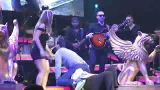 "Romeo Santos is ""So Nasty!"" Intentalo/ Solo por un Beso"