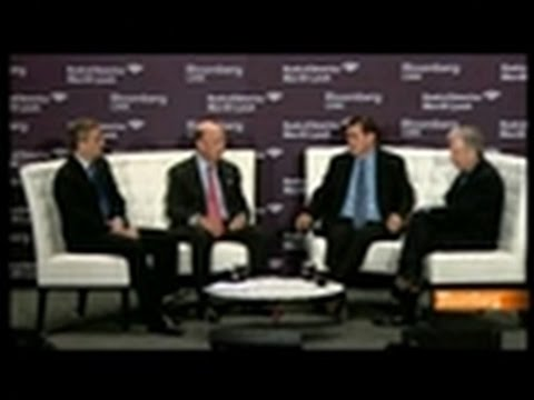 Roubini, Ross, Parker Discuss Outlook for M&A Activity
