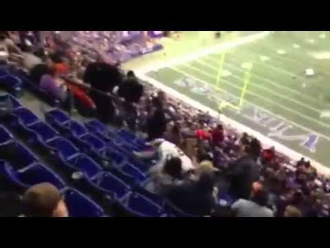 Drunk Vikings Fan Takes a Spill