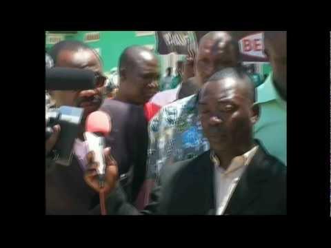 Lors du passage du Gouverneur de Mbanza Congo à N'kamba.