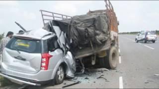 Accident of Mahindra XUV500 Car 2017