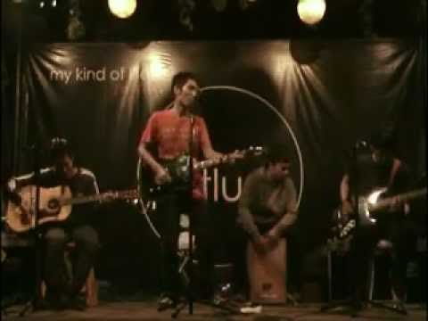 aidoaudio - Luar biasa! (Live At Potluck).avi
