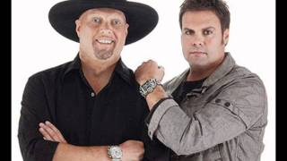 Watch Montgomery Gentry Redder Than That video