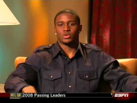 Kim Kardashian & Reggie Bush Play The Newlywed Game Video