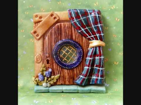 Salt dough fairy doors youtube for The works fairy door