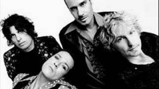 Watch Stone Temple Pilots Lounge Fly video