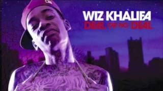 Watch Wiz Khalifa Studio Lovin video