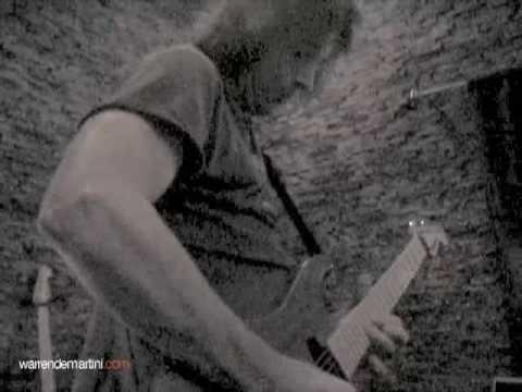 Warren DeMartini recording solo for new RATT song