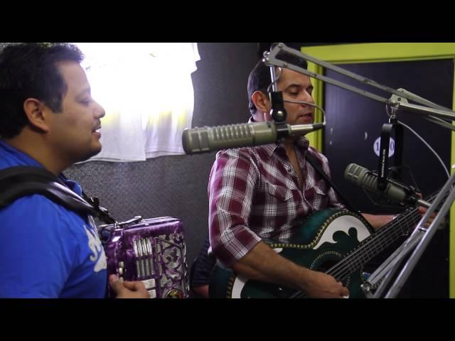 Los Palominos Siente El Amor (Unplugged)