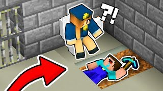 NOOB Found This Secret WAY UNDER TOILET To Escape Minecraft PRISON!