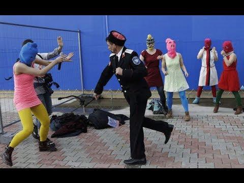 prostitutas roquetas de mar mujer se ofrece por dinero