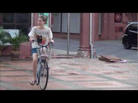 A biking tour around historic Melaka, Malaysia (Riding our bicycles in UNESCO heritage city Malacca)