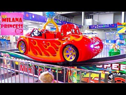 Детский Экспо парк аттракционов Динозавры, карусели и зимние горки  Children amusement park for kids