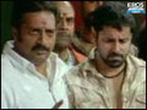 Vikram A Goon Threatens Police Commissioner - Bheema video