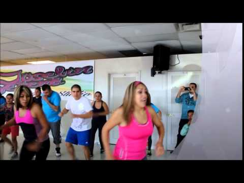ZUMBA JOSELYN Y SERENA DANCE STUDIO