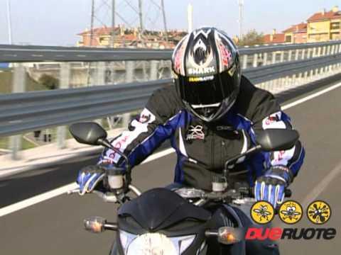 Honda CB1000R vs Kawasaki Z1000