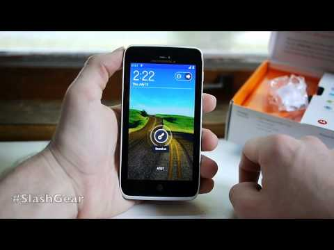 Motorola Atrix HD hands-on and unboxing