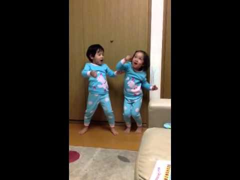Kisne Banaya Phoolon Ko, Sara - Ken video