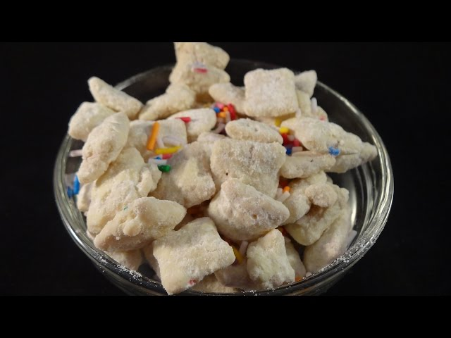 Funfetti Puppy Chow (Chex snack mix)- with yoyomax12
