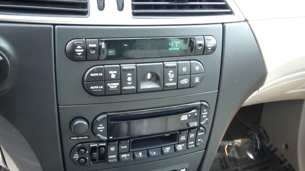 Chrysler  Touring Stereo