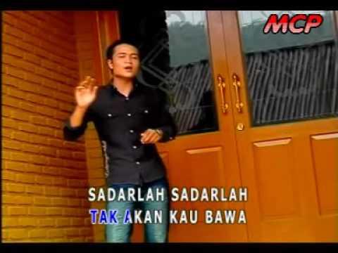 Tisna Maulana - Wajah Dibalik Kaca [Official]