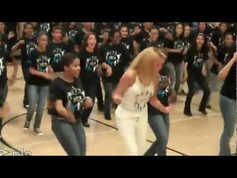 Beyonce Surprises Students Lets Move video