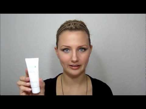 About: Avene's Cleanance Line