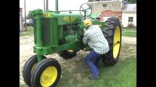 Max Teegarden how to start a John Deere model G 1938 antique tractor
