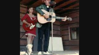 Watch Ralph Stanley Little Maggie video