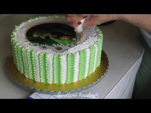 Кремовое оформление тортика с картинкой.