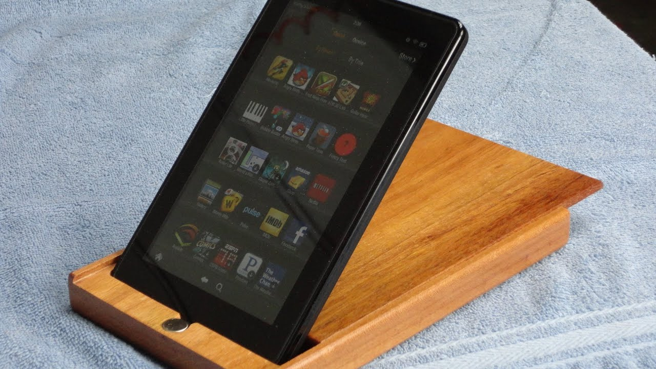 Kindle / IPad Case And Stand.  . Full resolution‎  portrait, nominally Width 1920 Height 1080 pixels, portrait with #B46617.