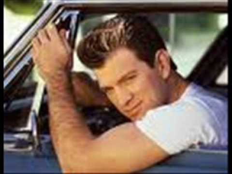 Chris Isaak - Suspicion Of Love