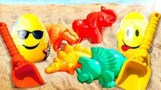 Learn animals for kids. Play with sand molds.