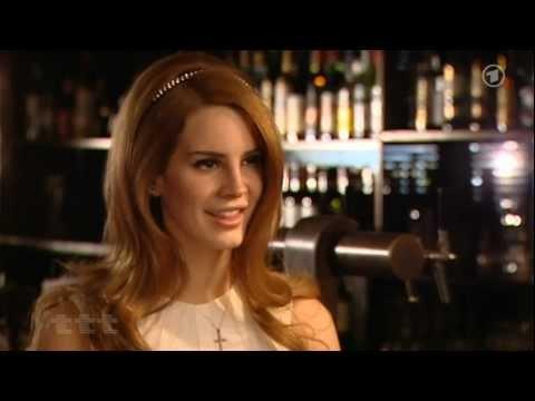 Lana Del Rey - interview  German - 4min.