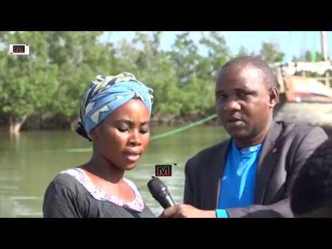MCL Digital yatua Kilwa Kivinje na kupiga stori  na wananchi