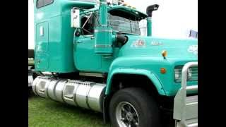 Mack Value Liner V8