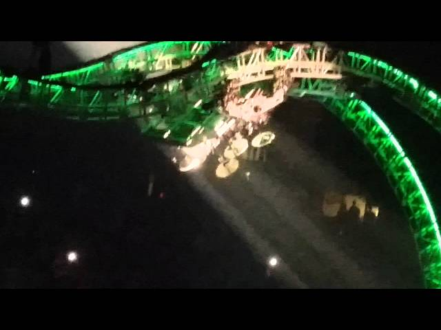 Motley Crue's Final Tour Drum Stunt