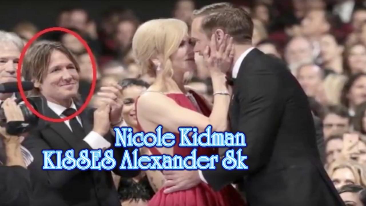 Николь Кидман Поцелуй С Девушкой