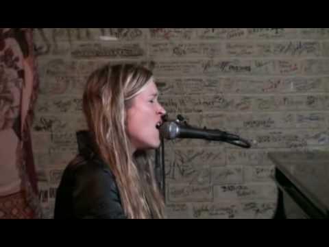 Charlotte Martin - Cloudbusting