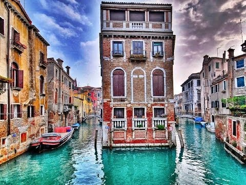 ✔Venice Italy ~ Walk or Treadmill Through Streets ~ Beautiful Shops, Cafe's, Buildings - 3D HD