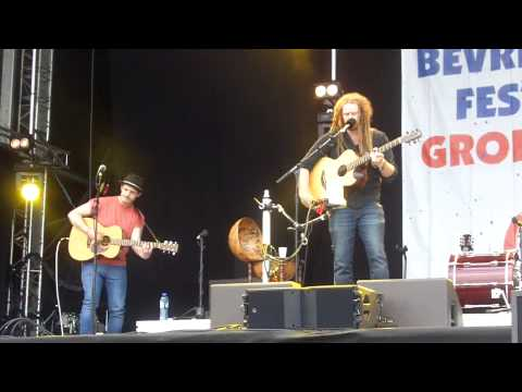 Newton Faulkner - Get Lucky (Feat. Sam Brooks) Daft Punk cover @BF050 Groningen 5/5/13