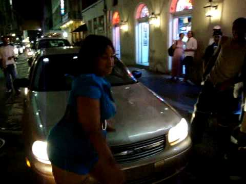 Hillarious Big Booty Poppin On Bourbon St. video