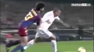 """Bị phạt thẻ vàng Ronaldo """"béo"""" trả thù trọng tài siêu hài hước"""