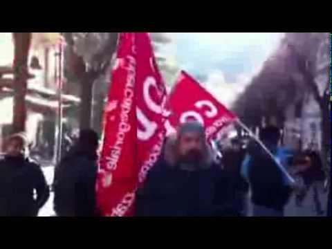 14 dicembre 2013  Operai della Metalcastello in manifestazione a Porretta Terme