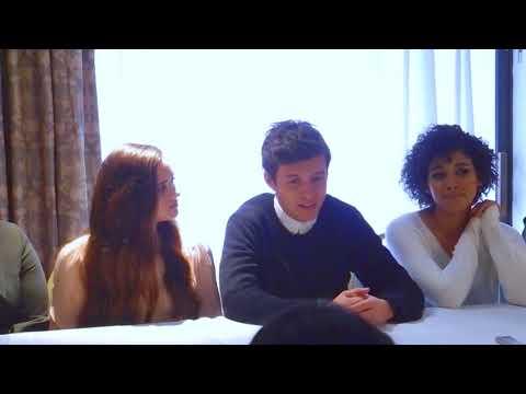 Love, Simon Cast And Director Greg Berlanti Hope Movie Inspires Gay Teens