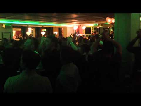 Put em under pressure - Ireland vs Bosnia Euro 2016 Playoff (16/11/15) Post-match at Searsons Bar