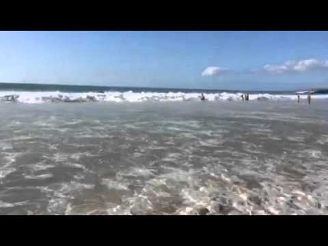 Nice Surf at Hapuna