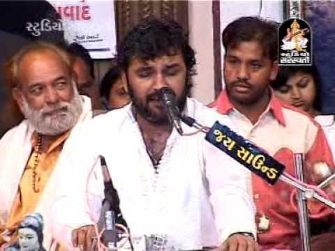 nagar Me Jogi Aaya | Shivji Superhit Bhajan By Kirtidan Gadhvi | Gujarati Bhajan 2014 video